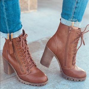 Tan lace up combat boots/moto boots
